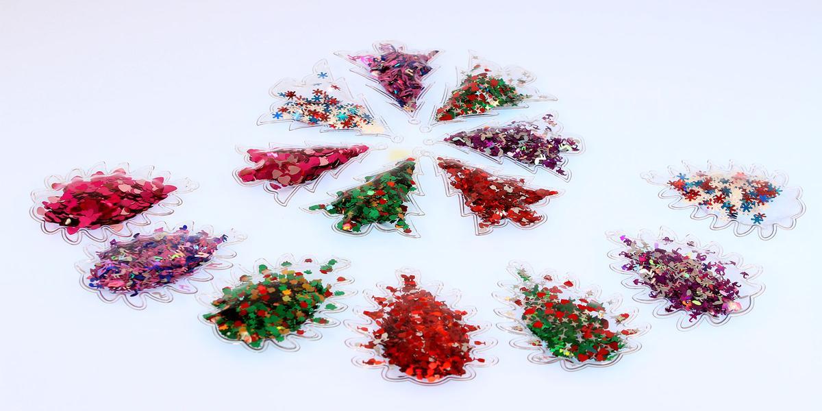 Елочные игрушки с пайетками